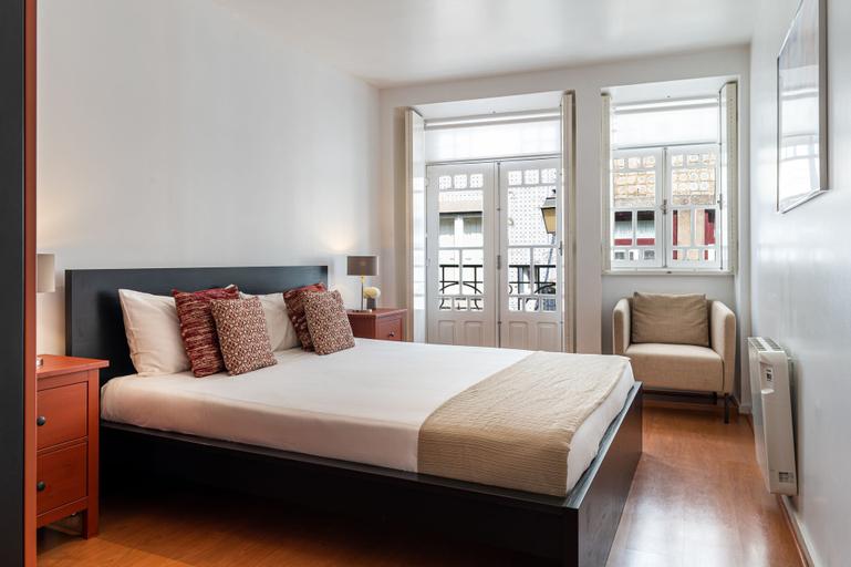 Home @ Porto Clerigos Apartment, Porto