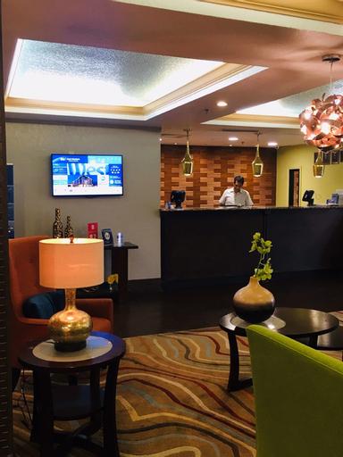 Best Western Plus Universal Inn, Orange