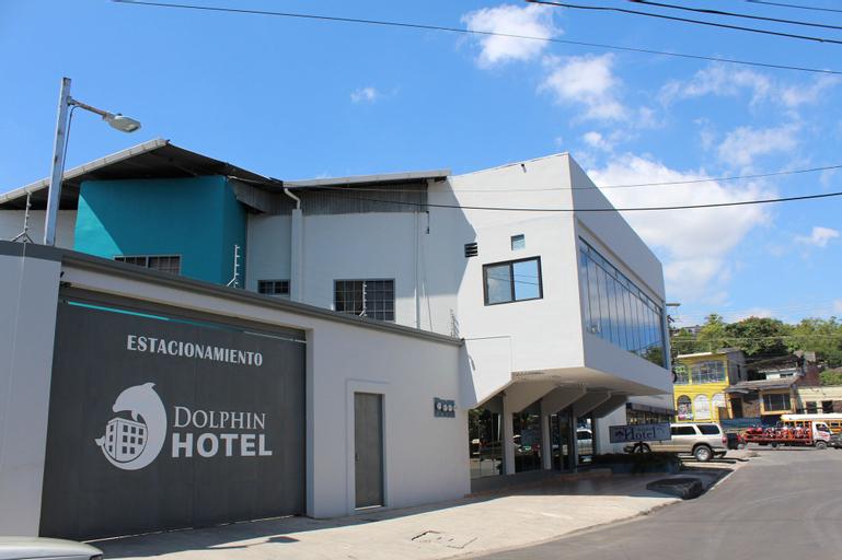 Dolphin Hotel, Distrito Central