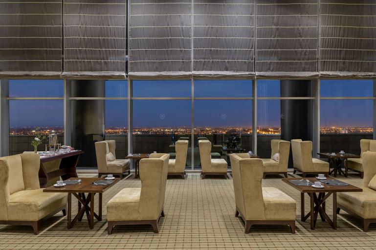 Sheraton Mendoza Hotel, Capital