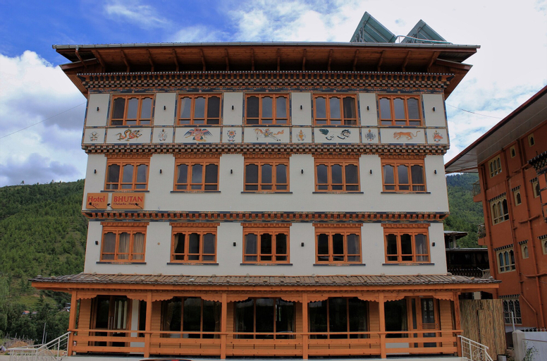 Hotel Bhutan, Chang