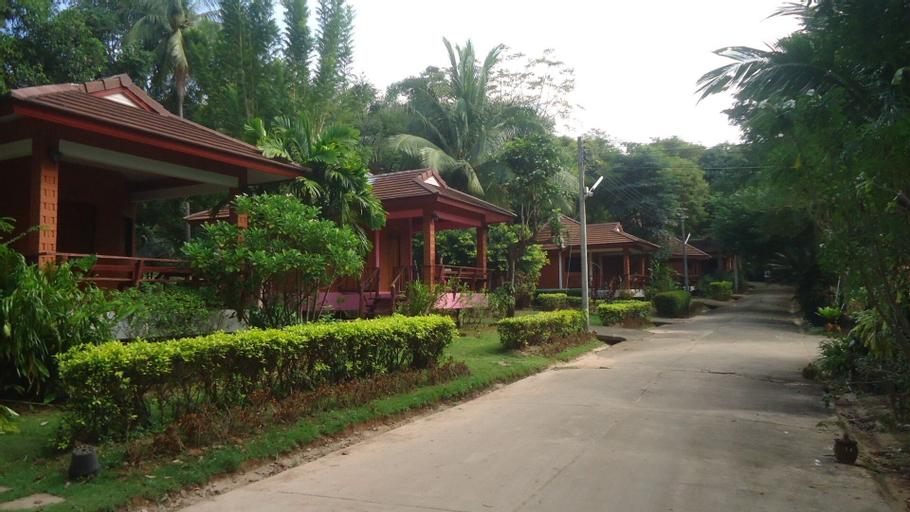 Best Resort, Tha Mai