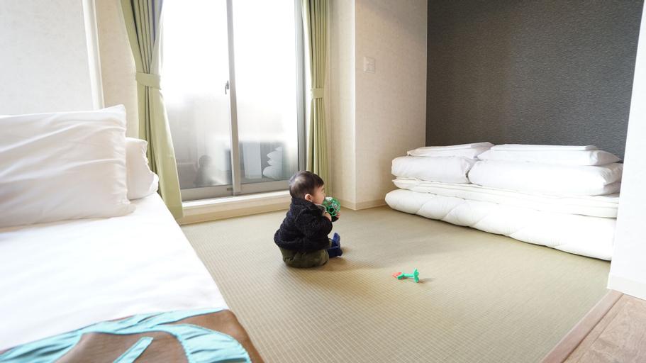 Poly Hostel Osaka, Osaka