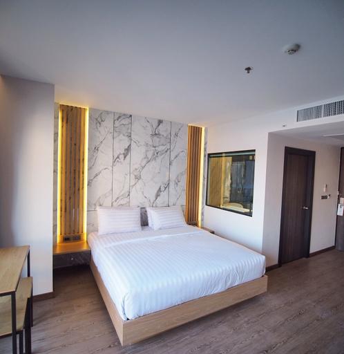 Sleep With Me Pattaya, Pattaya