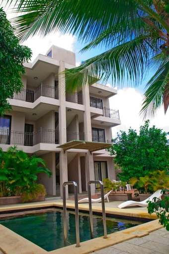 Apartment With 2 Bedrooms in Grand Baie, With Shared Pool, Terrace and Wifi,