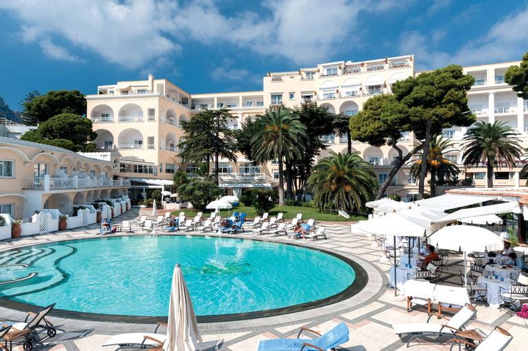 Grand Hotel Quisisana, Napoli