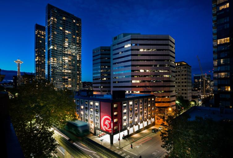 Staypineapple, Hotel FIVE, Downtown Seattle, King
