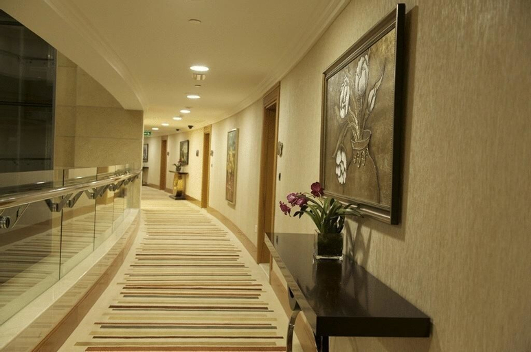 Grand Belle Vue Hotel Apartment,