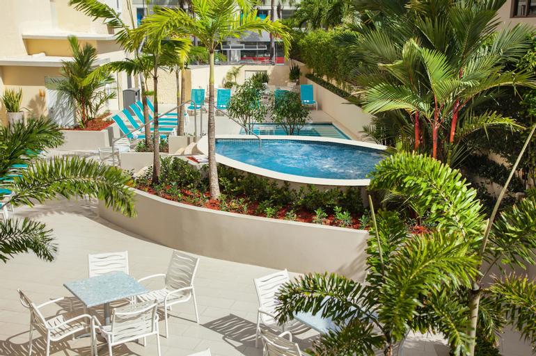 Best Western Plus Condado Palm Inn & Suites,