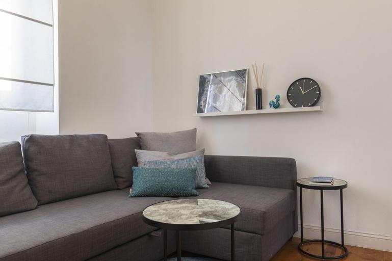 Sunny & Quiet Lisbon Apartment, Lisboa