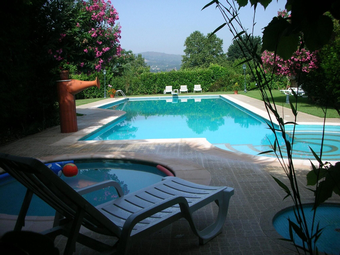 Villa With 2 Bedrooms in Pedraça, With Wonderful Mountain View, Shared Pool, Enclosed Garden - 90 km From the Beach, Cabeceiras de Basto
