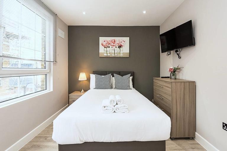 Toynbee Street Ro 6 · Nice Room On Toynbee Street, London