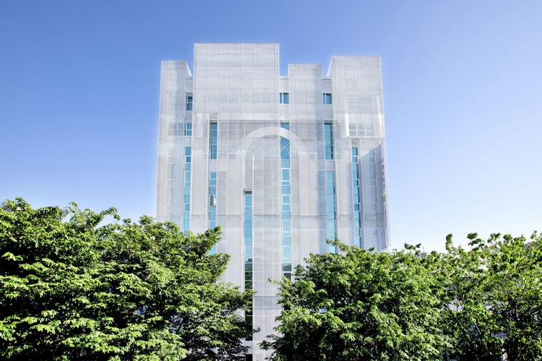 The Carlton, Taichung