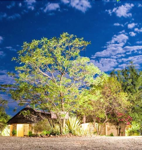 Lesoma Valley Lodge, Chobe