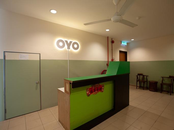 OYO 89487 Space Hotel, Keluang