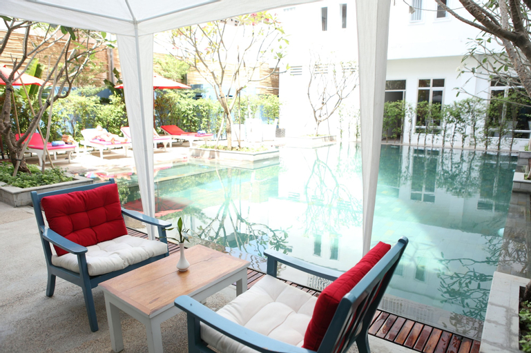 The Frangipani Living Arts Hotel and Spa, Mean Chey