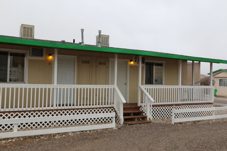 Cold Springs Station Resort, Churchill