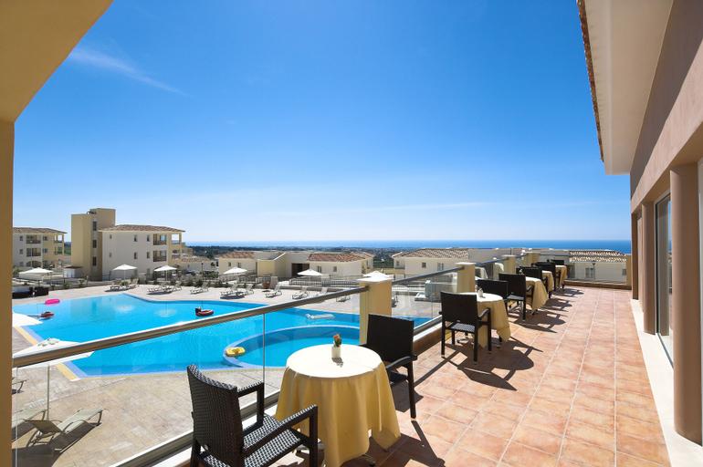 Club St George Resort,