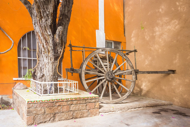 OYO Hotel Posada Bugambilias, San Luis Potosí