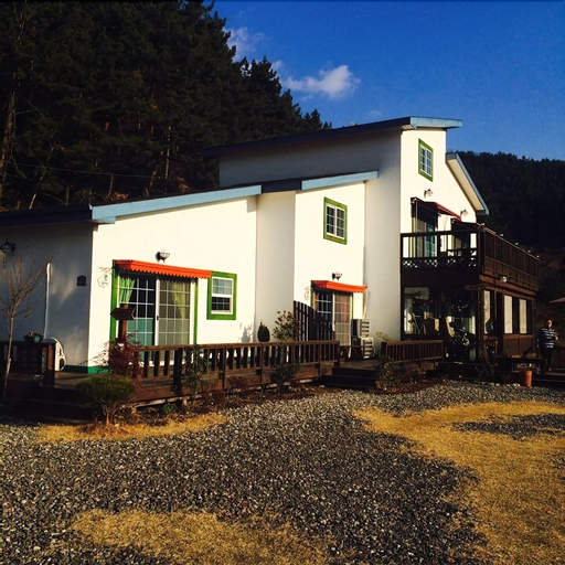Goseong Sunshine Home Pension, Goseong