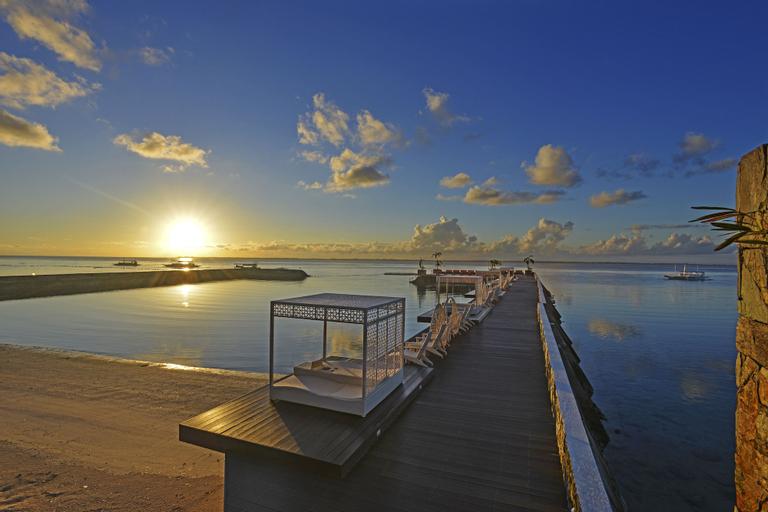 Costabella Tropical Beach Hotel, Lapu-Lapu City