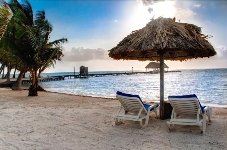 Royal Caribbean Resort,