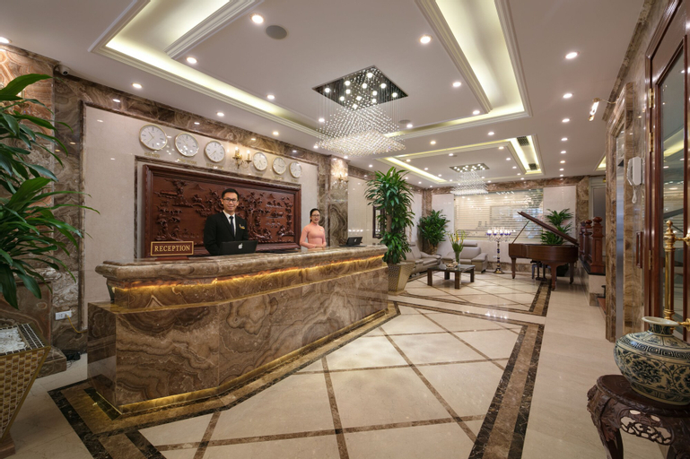 The Light Hotel, Hoàn Kiếm