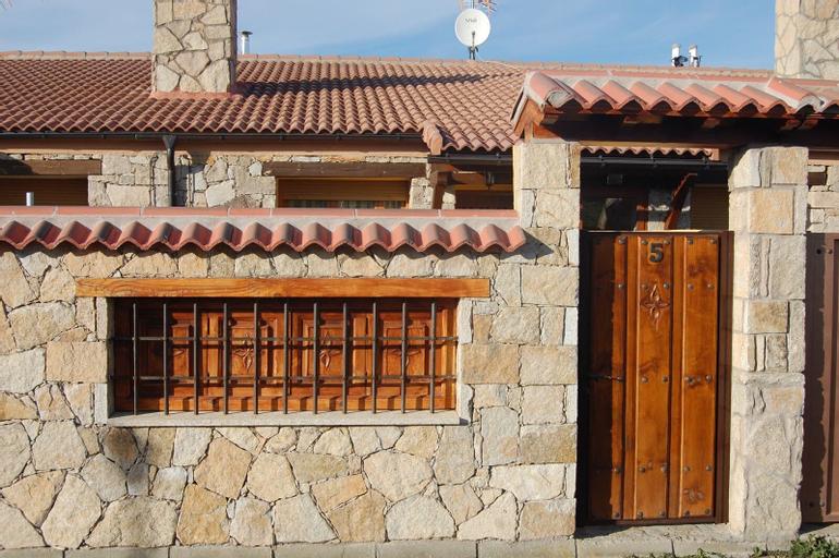 Casa Rural Los Treboles, Ávila