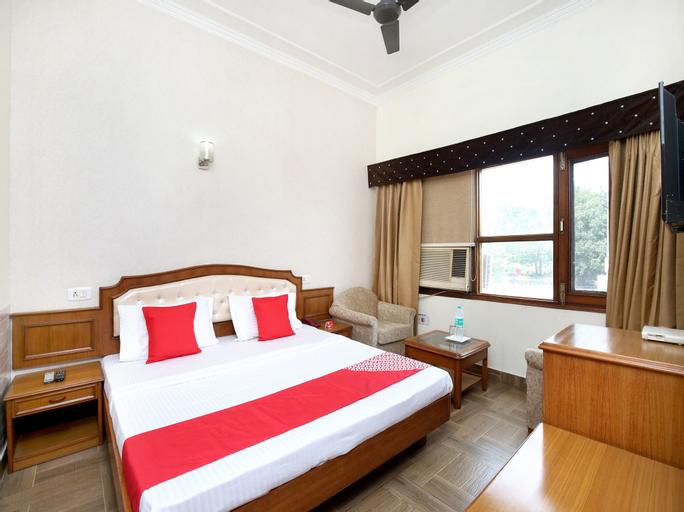 OYO 16376 Hotel Paras, Sahibzada Ajit Singh Nagar