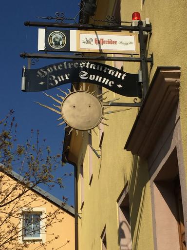 Hotel Zur Sonne, Saalekreis