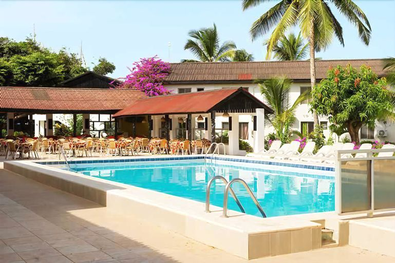 Bungalow Beach Hotel, Kanifing