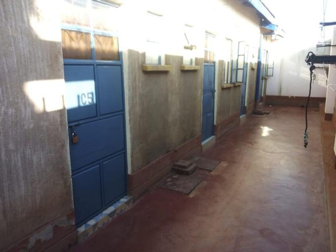 The Oasis Hotel, Kibwezi West