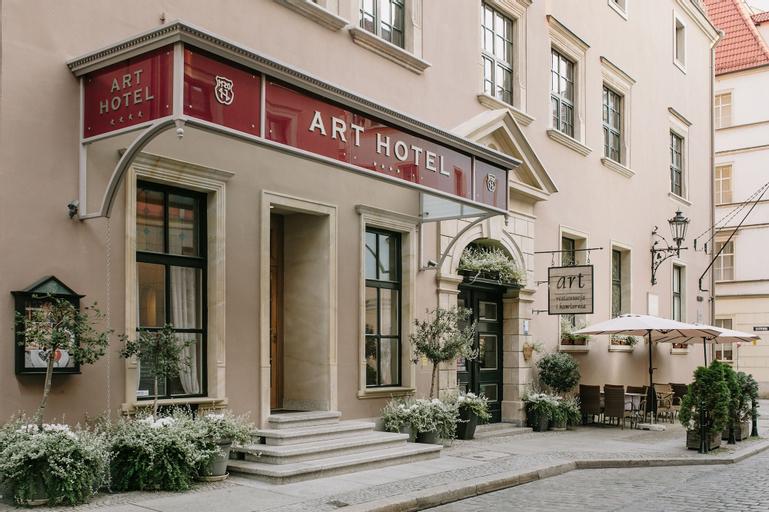 Art Hotel, Środa Śląska
