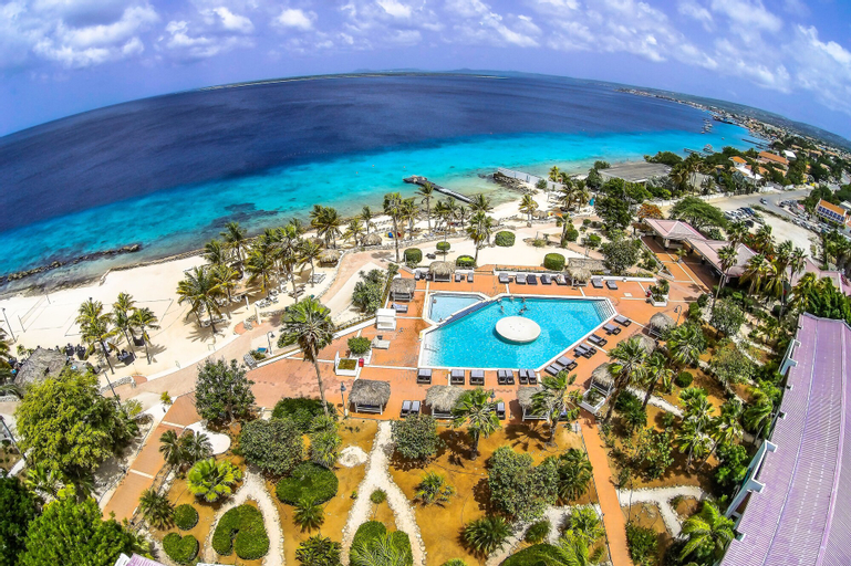 Van der Valk Plaza Beach & Dive Resort Bonaire,