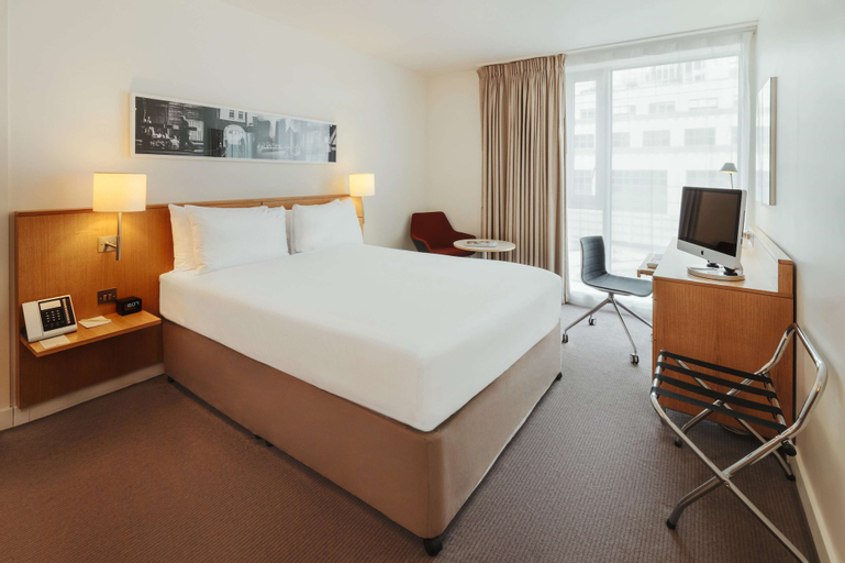 DoubleTree by Hilton Hotel London - Tower of London, London