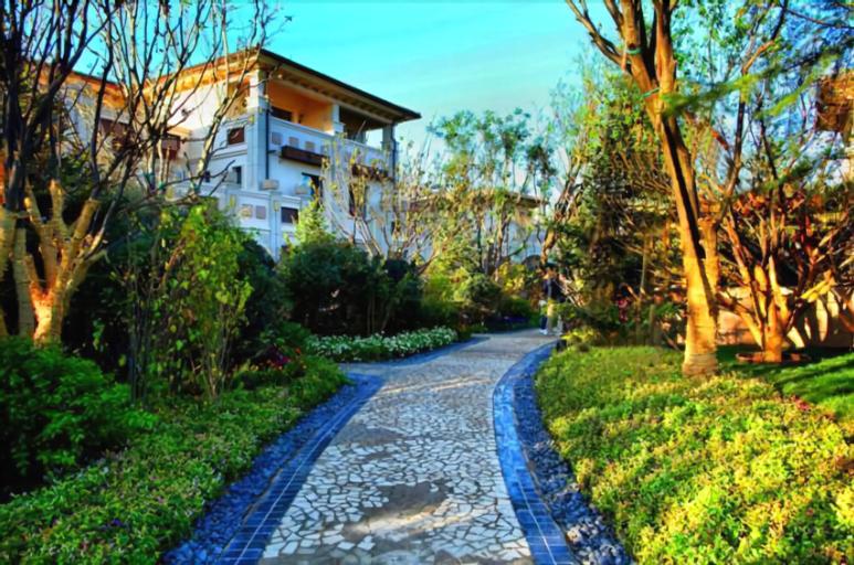 YT Longhu Seaview Garden Holiday Villa, Yantai