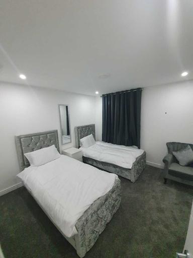 Beautifull Room-2, Bury