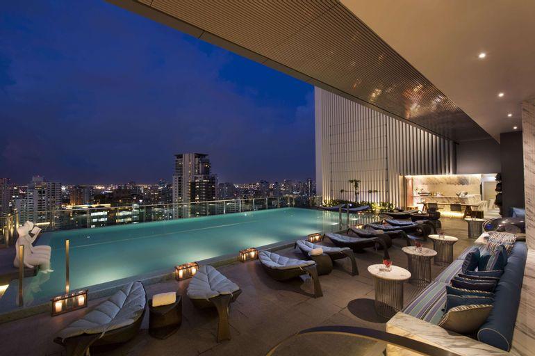 Hilton Sukhumvit Bangkok, Khlong Toey