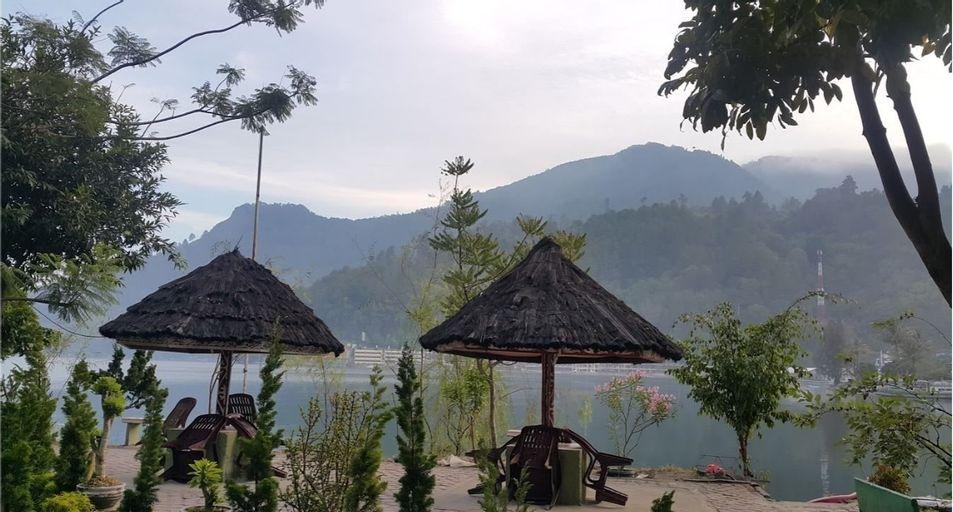Pandu Lakeside Hotel Parapat - Toba Lake, Simalungun
