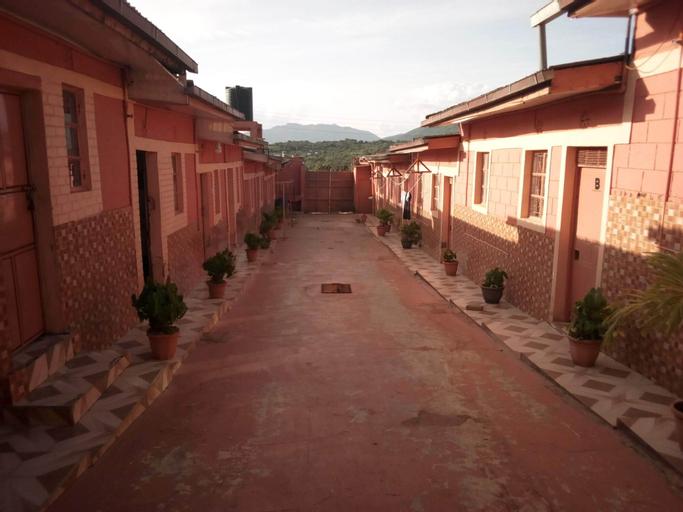1000 THOUSAND PSALMS HOTEL, Makueni