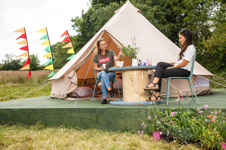 The Bunnies Barrow Bell Tent - Family Zone, Durham