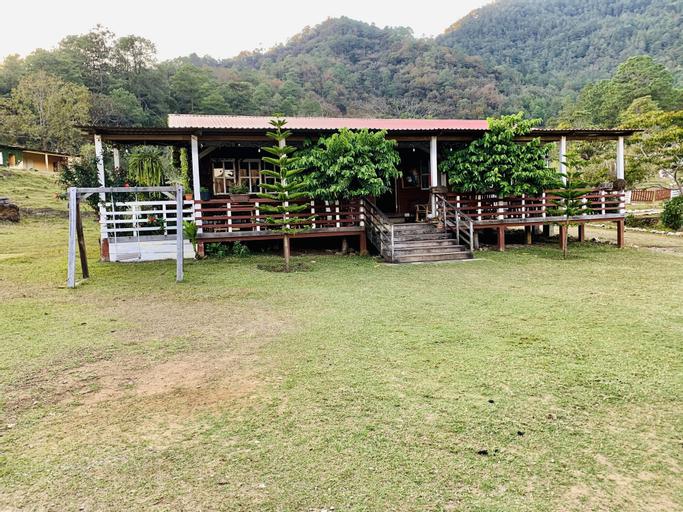 Hotel de Montaña El Olvido, San Cristóbal Acasaguastlán