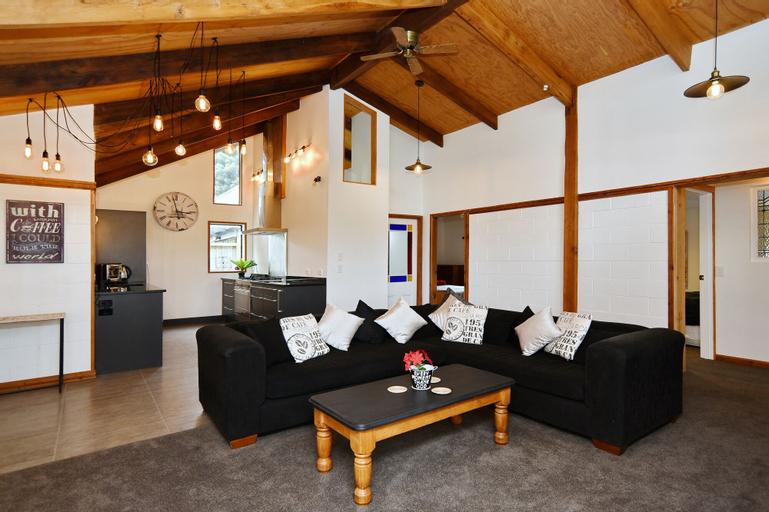 Pines Beach - Christchurch Holiday Homes, Waimakariri