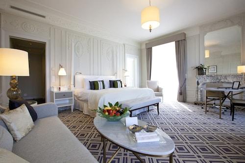 Fairmont Le Montreux Palace, Pays-d'Enhaut