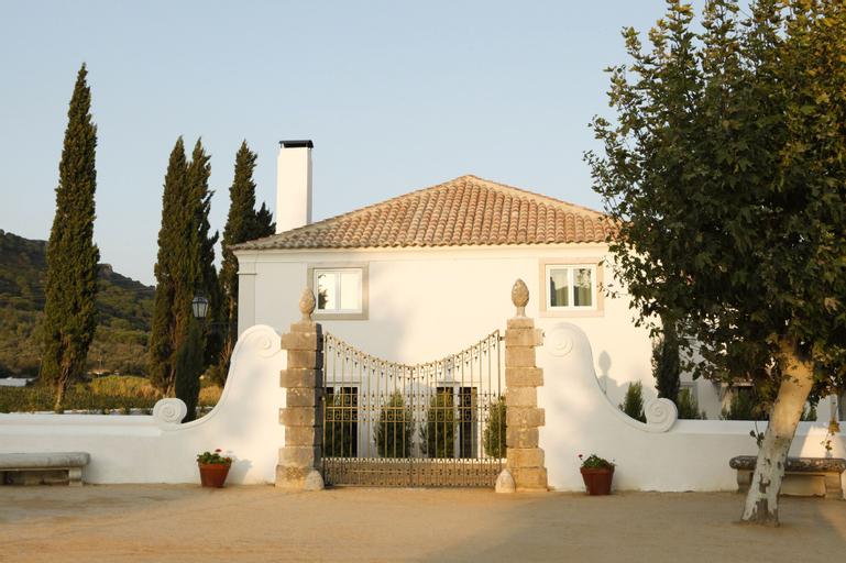 Once Upon a House in Arrabida - Villas, Setúbal