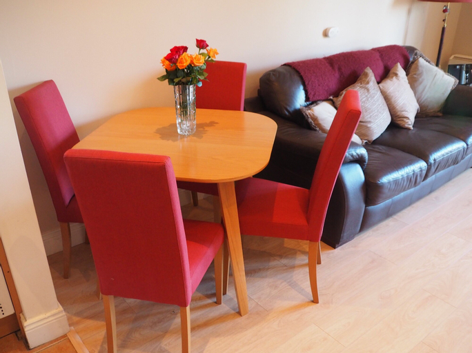 Beautiful 2-bed Apartment in Termonbarry,