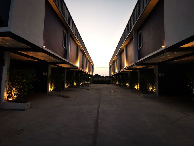 Skyline Resort, Bang Plee