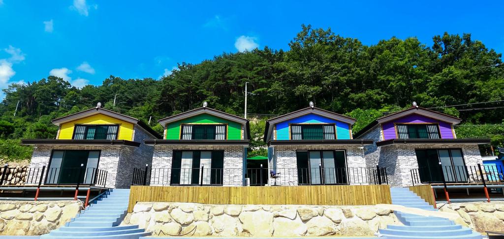 Pocheon stream pension, Seongju