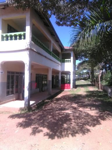 Green Court Hotel, Bondo
