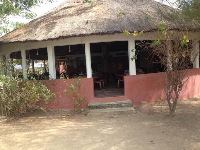 Campement de l'île d'Egueye, Oussouye